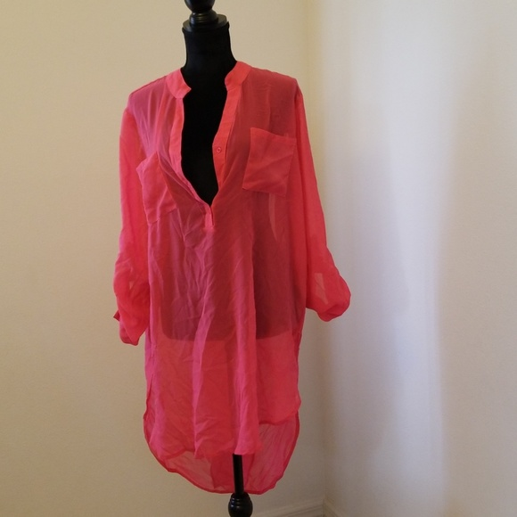 Truth Tops - Bright pink sheer 3-button high low top